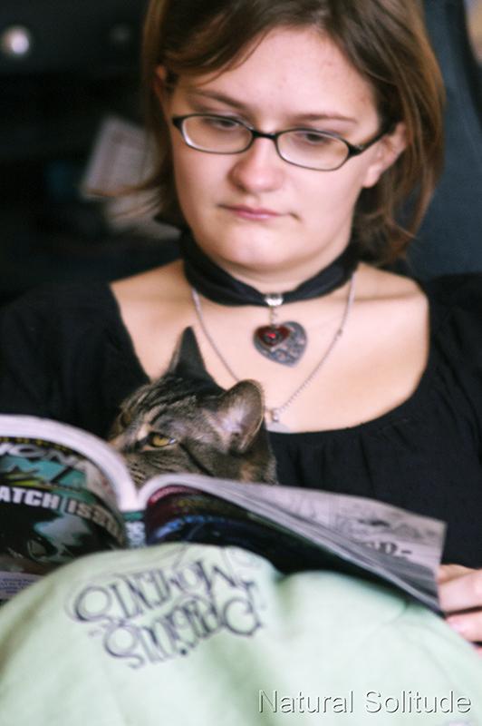 Hayley and Katelynn read an issue of Shonen Jump
