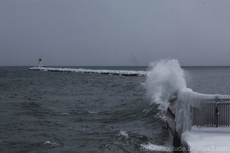 Lake Superior wave at the Presque Isle breakwall