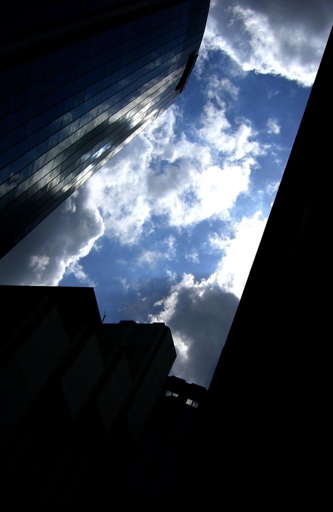 structure. sillhoette. storm