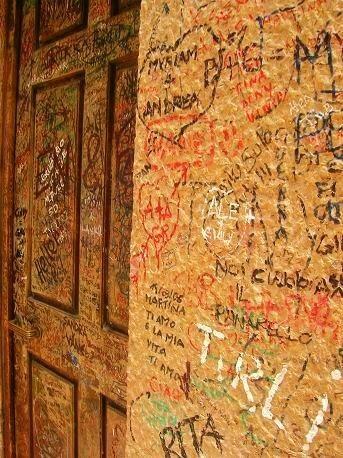 lovers wall