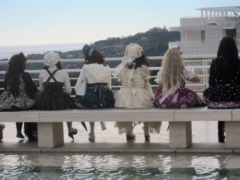 Getty Center girls