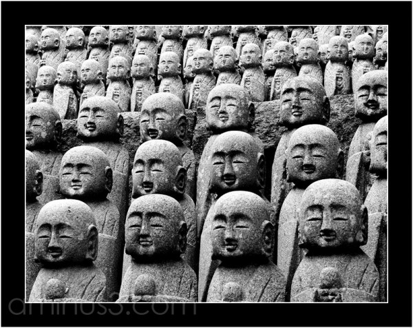 Japanese statues in B&W