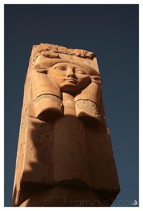 Aile gauche du temple d' Hatschepsout