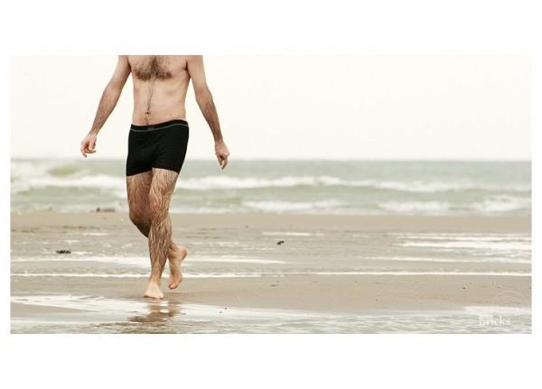 Marcher dans la mer