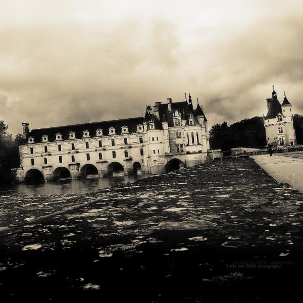 Quand les châteaux enjambent l'eau ...