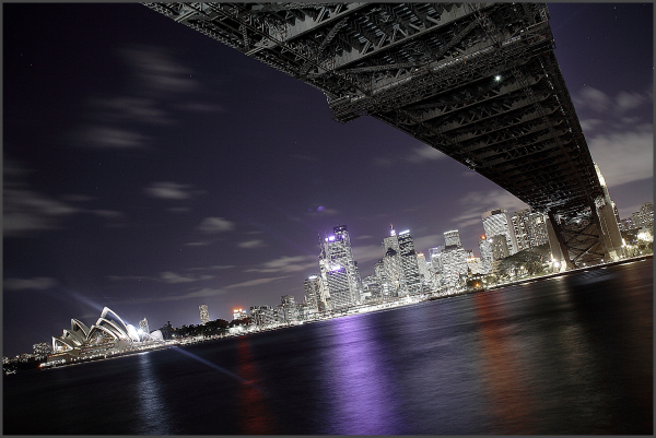 harbour of sydney by night