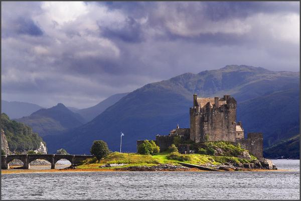 É&S: Eilean Donan Castle