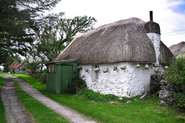 Scotland: Thatched Cottage