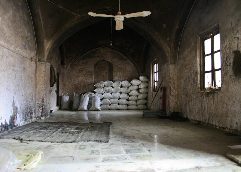 White sacks! (Yazd, Iran)