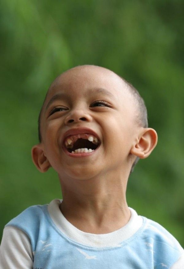 Andra tertawa lepas tanpa beban. Tangerang Jabar