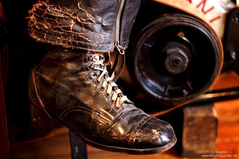 old leather black shoe louis despres