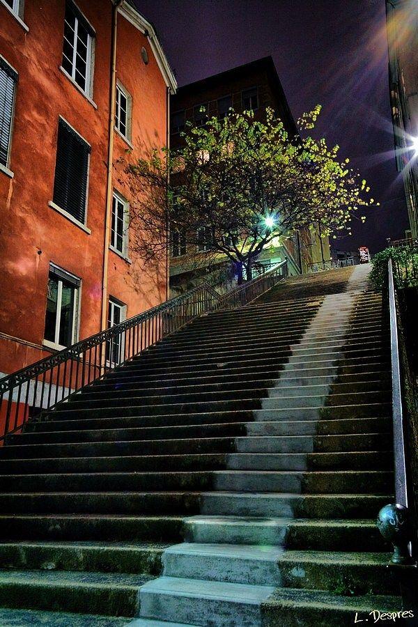 night photo lyon