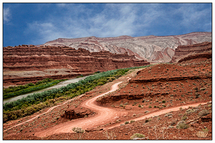 Mexican Hat Valley