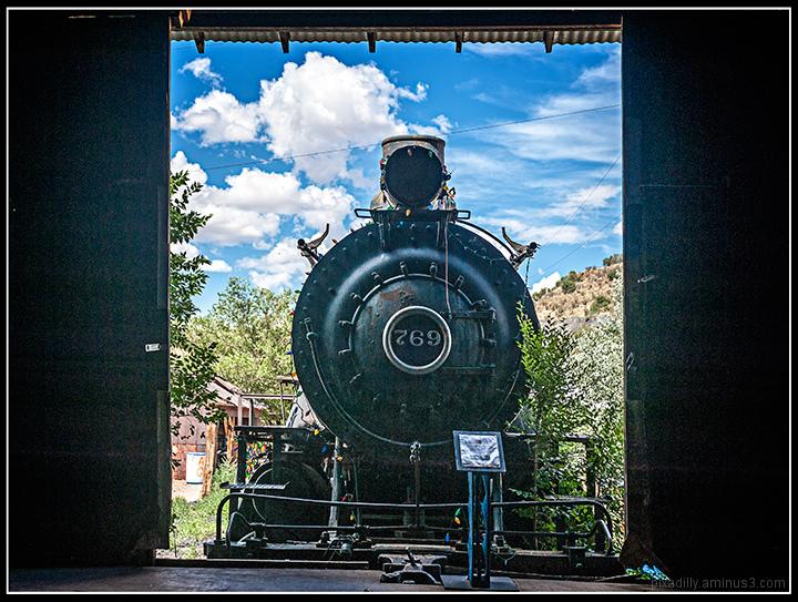 Backstage Train - Madrid, NM