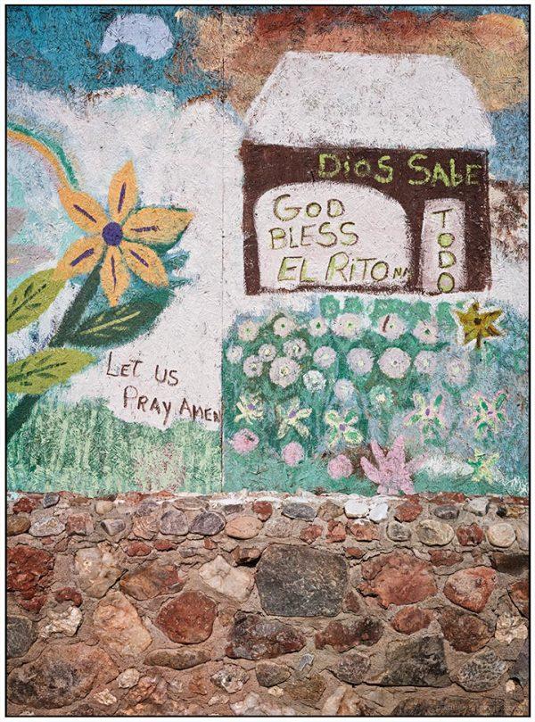 Walls:  Dios Sabe Todo