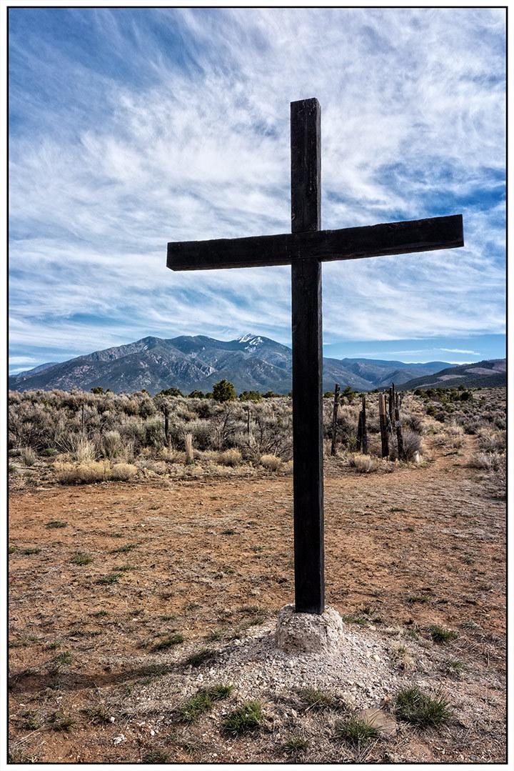 Morada Cross