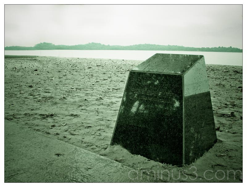 Life – Lone Memorial By The Water