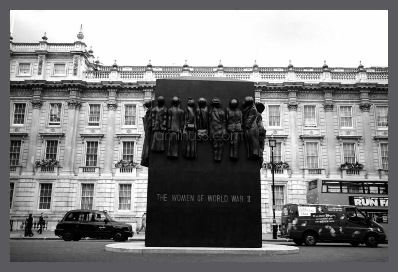 Women of World War II memorial in London