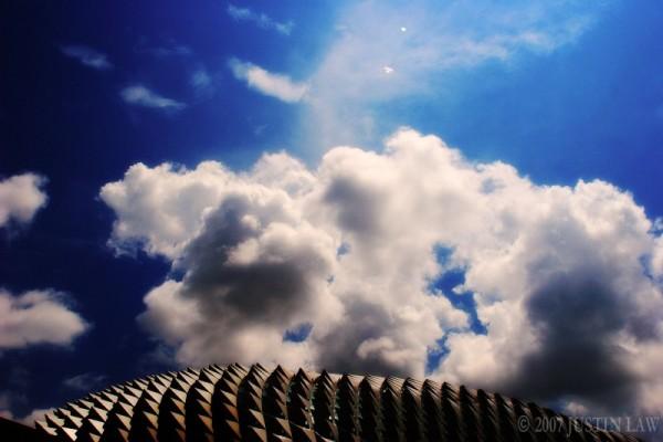Esplanade Sky