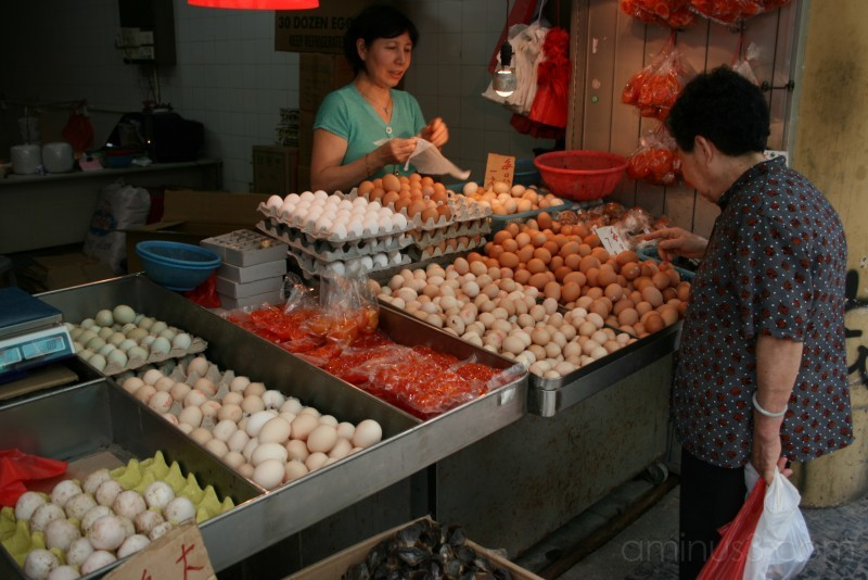 selling eggs, macao