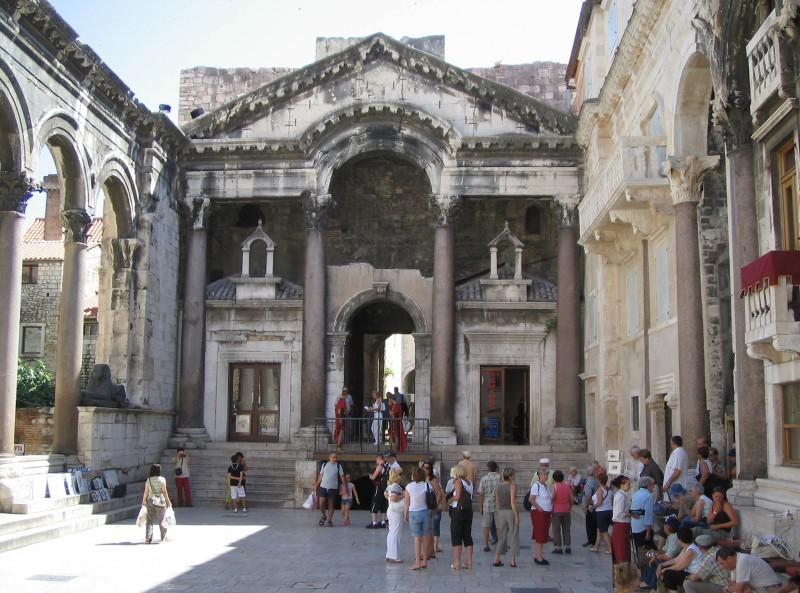 Croatia Hungary Porcsin square sea Slpit Roman