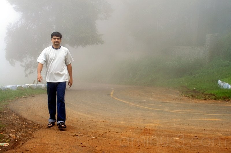 Walking through Ooty-Mysore Road India