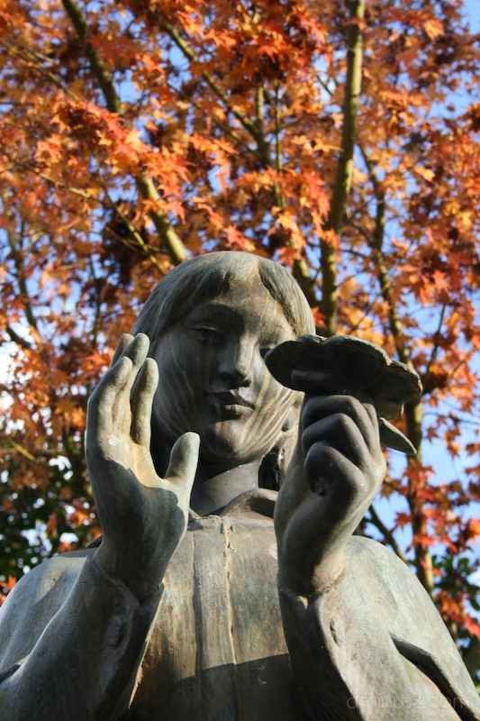 Picture of a statue in Hiroshima