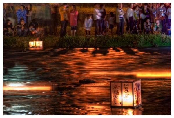 Floating lanterns in the Kanazawa Hyakuman Goku