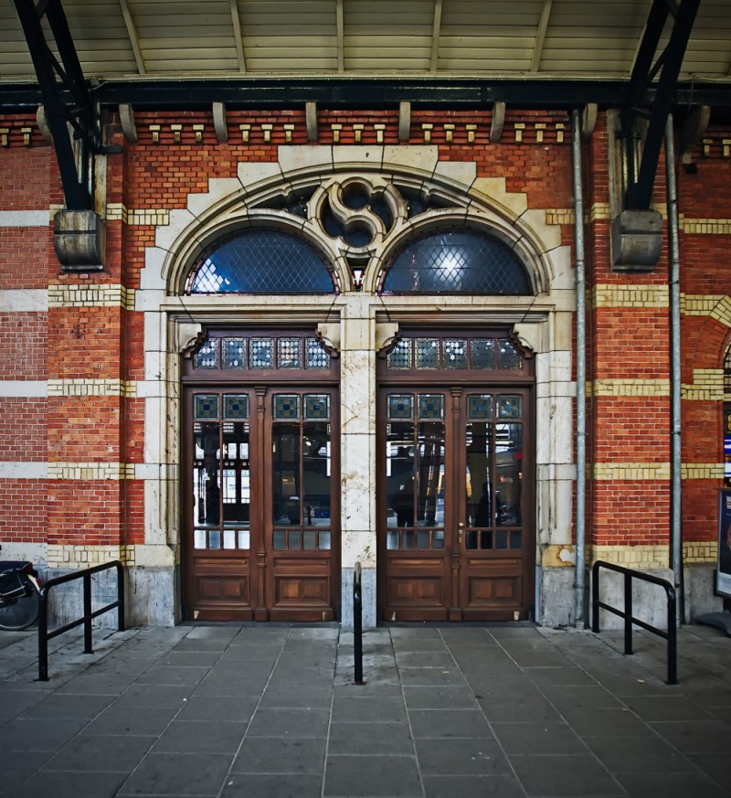 Door, Central-Station , Groningen