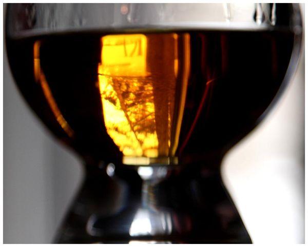 Amber Lens
