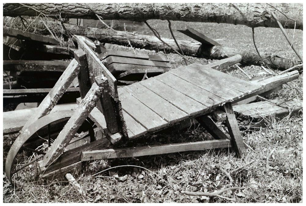 Wheel Barrow (1979)