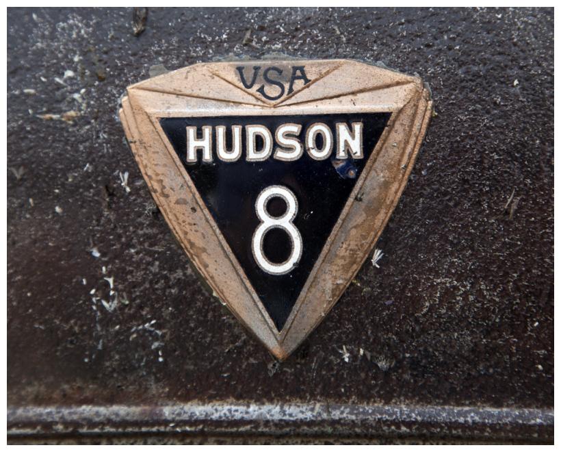 Hudson V8