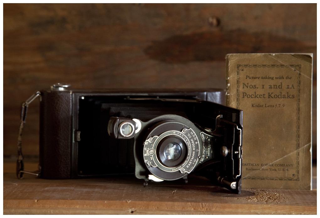 Kodak 1A Pocket Camera with book