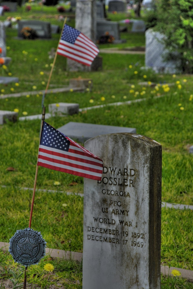 Veterans recognized in small town Texas cemetary