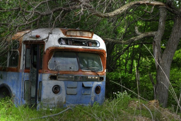 Front of abandoned bus on route to Waco