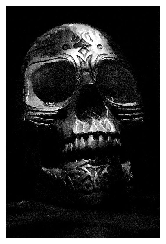 Facing skull