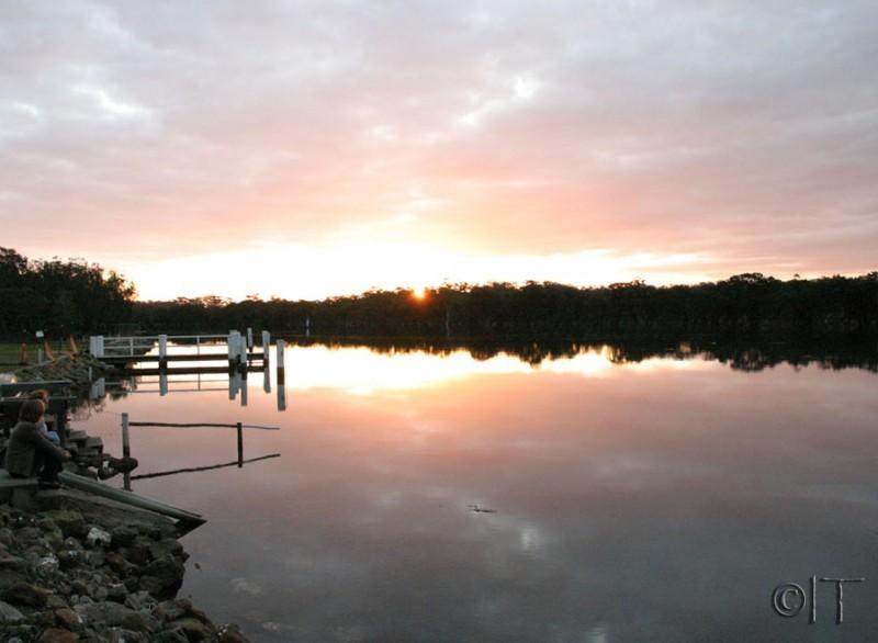 Australia. Jarvis Bay. Sunset