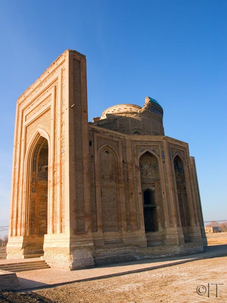 Turkmenistan. Konye-Urgench. Turabeg Khanym