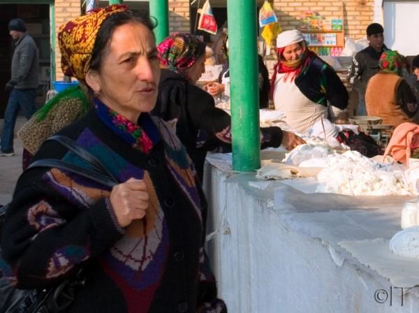 Turkmenistan. Tolkuchka bazaar