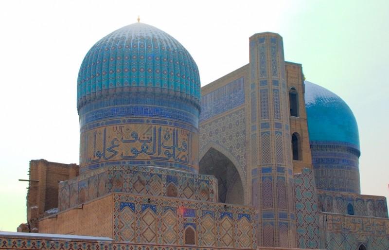 Uzbekistan. Samarkand. Bibi-Khanym Mosque