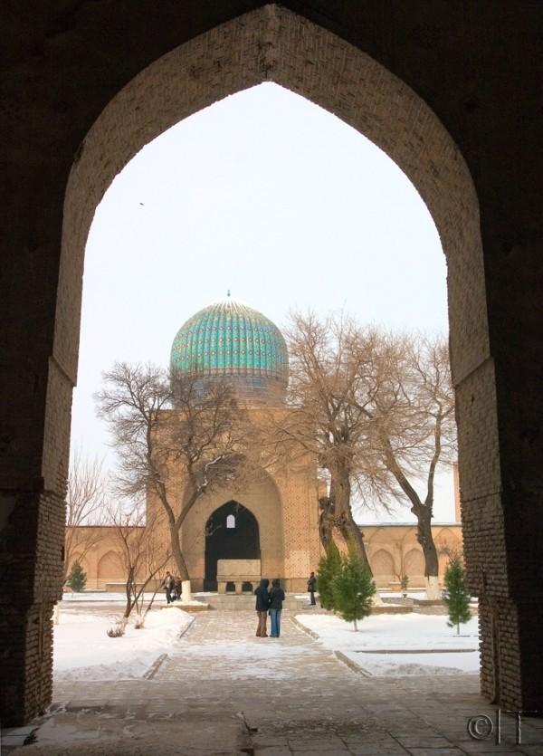 Uzbekistan. Samarkand. Bibi-Khanym Mosque.