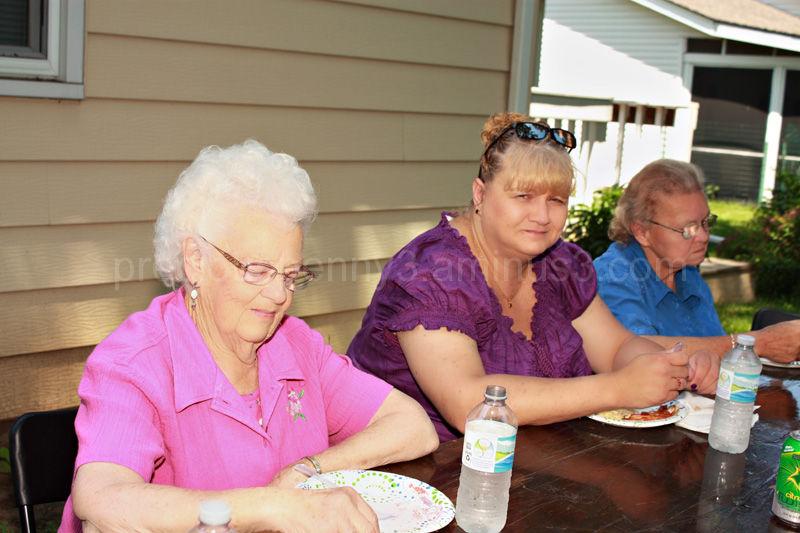 Aunt Carol, Julie, Aunt Mavis Ann