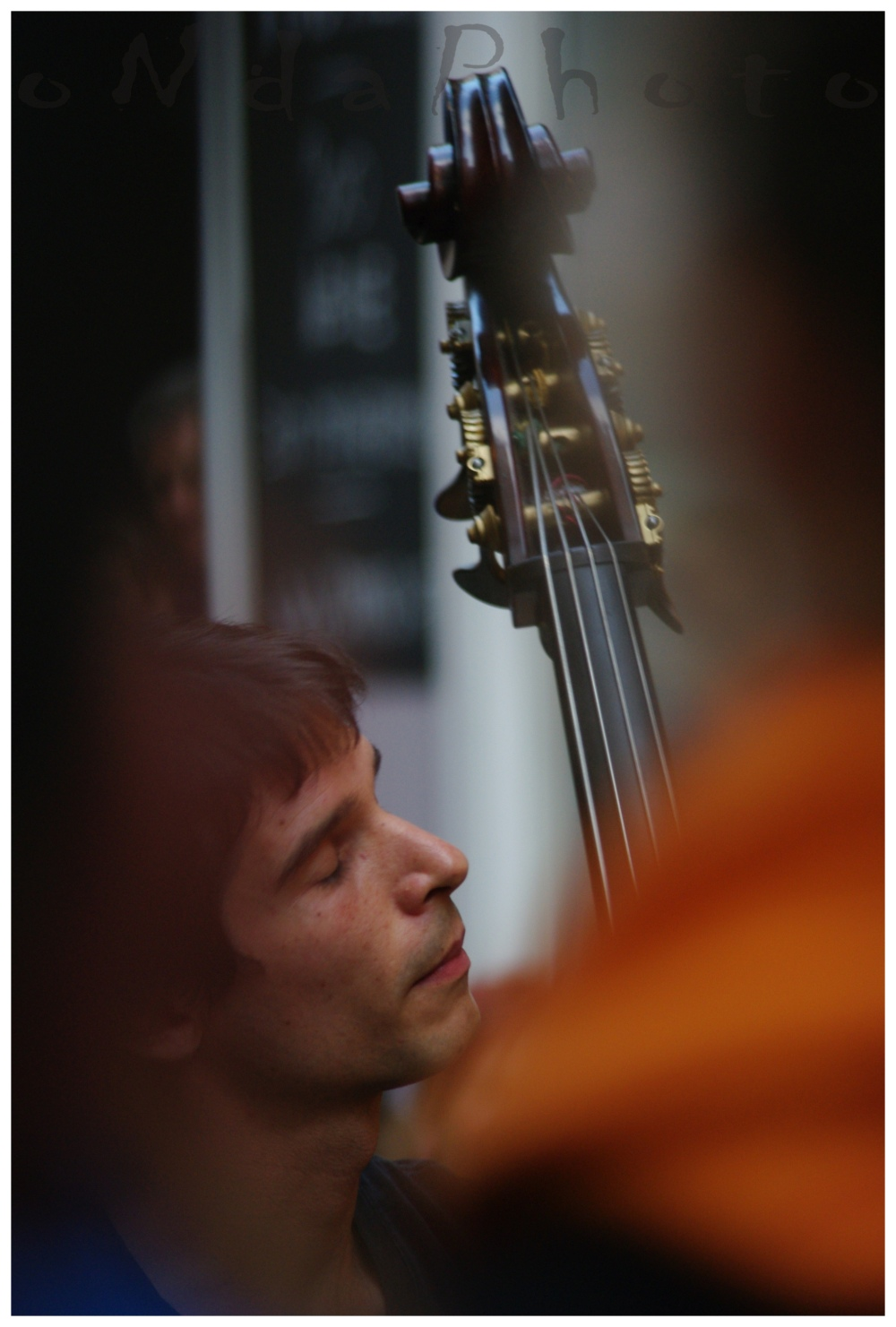 Payazen street concert, double bass
