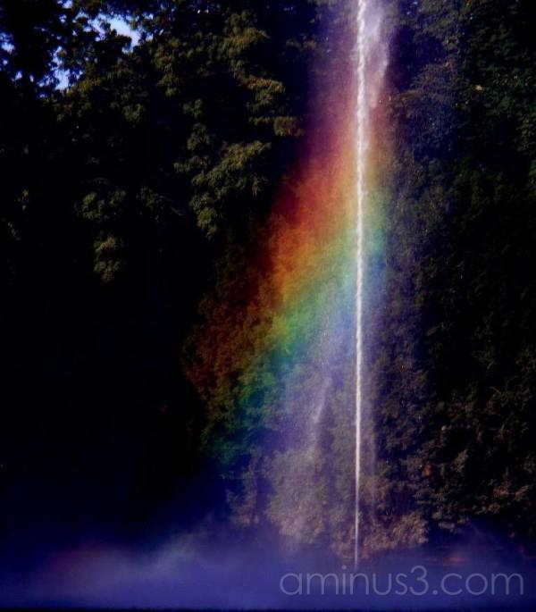Rainbow in fountain Breda