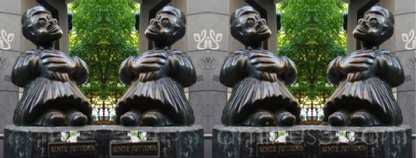 Statue of St Juttemis cloned