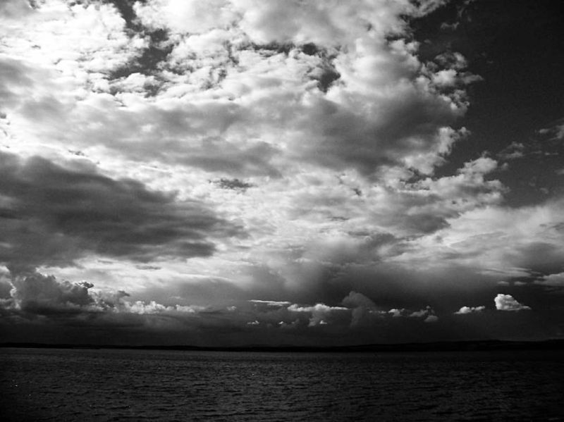 NewHaven Key Edinburgh  Dramatic sky mono