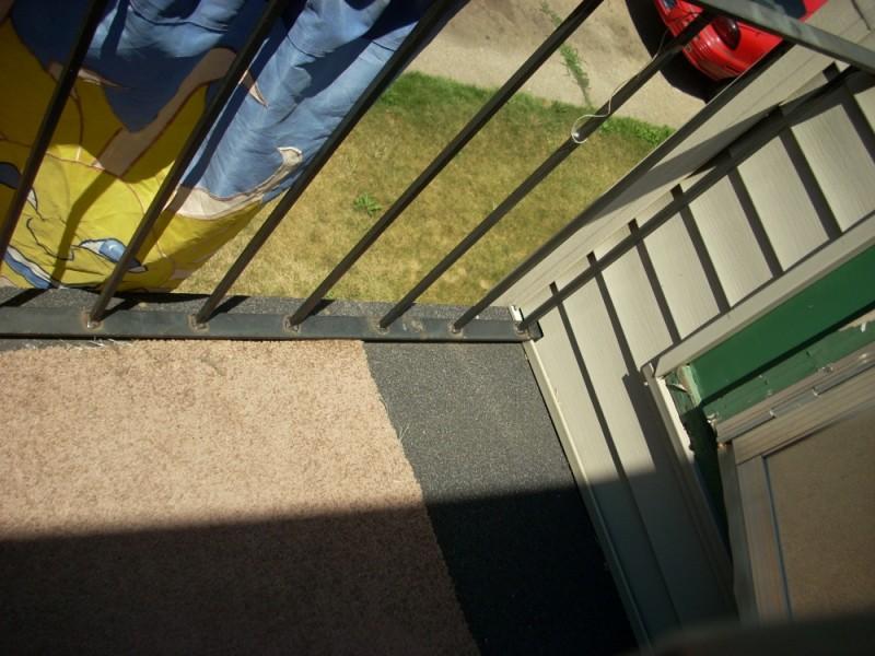 porch balcony askiew