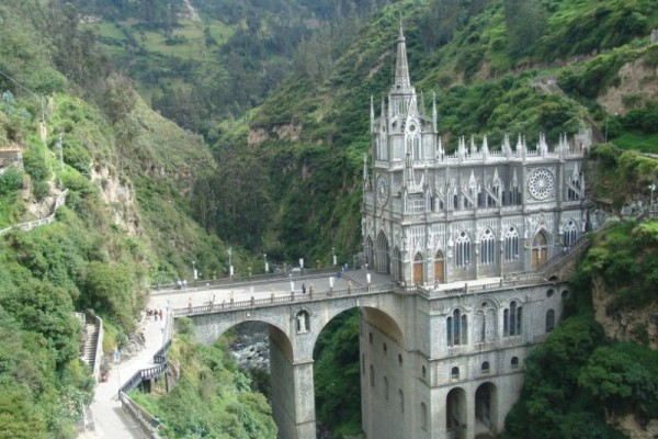 The Sanctuary of our Lady of Las Lajas in Ipiales!