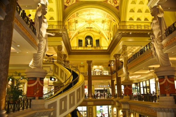 Inside The Forum Shops