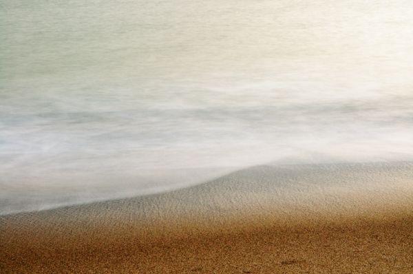 Soft Light Dawn Waves